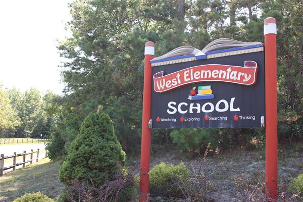 West Elementary School Welcome Sign